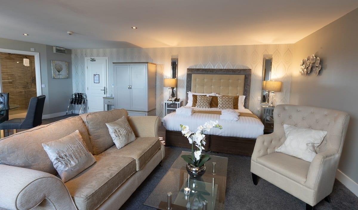 A ocean-sands-hotel-bridal-presidential-suite-wild-atlantic-way