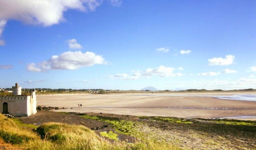 A ocean-sands-hotel-enniscrone-beach-seaweed-bath-house-golden-strand-wild-atlantic-way-sligo