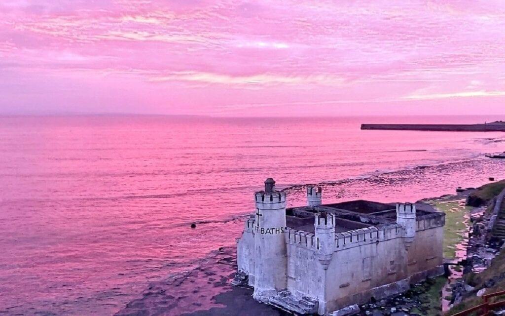 A ocean-sands-hotel-pink-sky-sea-cliff-baths-enniscrone-sligo