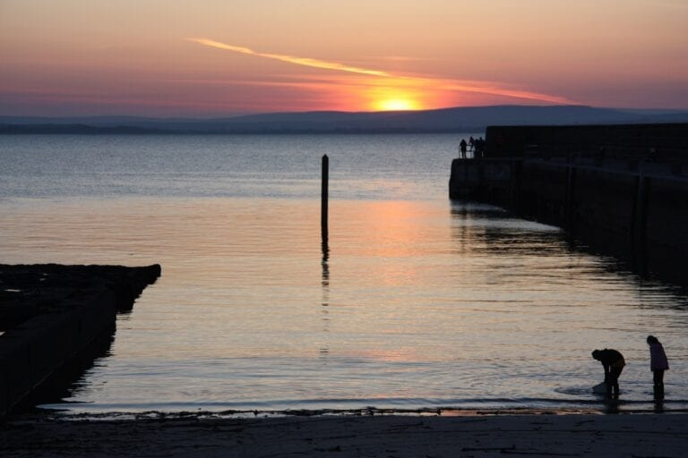 A ocean-sands-hotel-sunset-at-enniscrone-pier-sligo