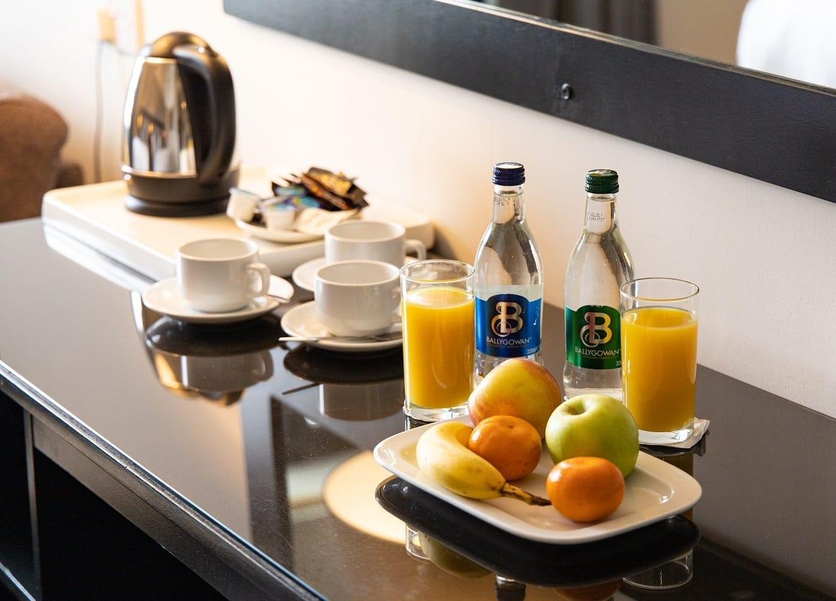 ocean-sands-hotel-conintental-breakfast-in-room