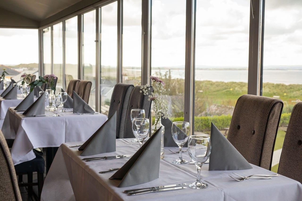ocean-sands-hotel-seaview-dining-restaurant